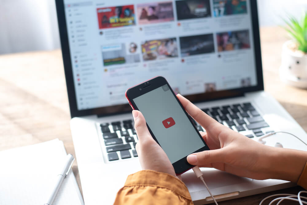 Private vs Unlisted YouTube: Know which to use to benefit your business