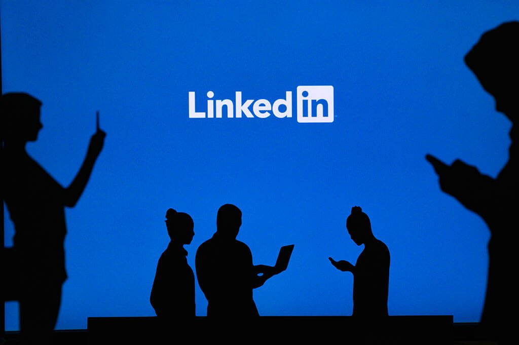 Best LinkedIn automation  - tools and software to generate leads